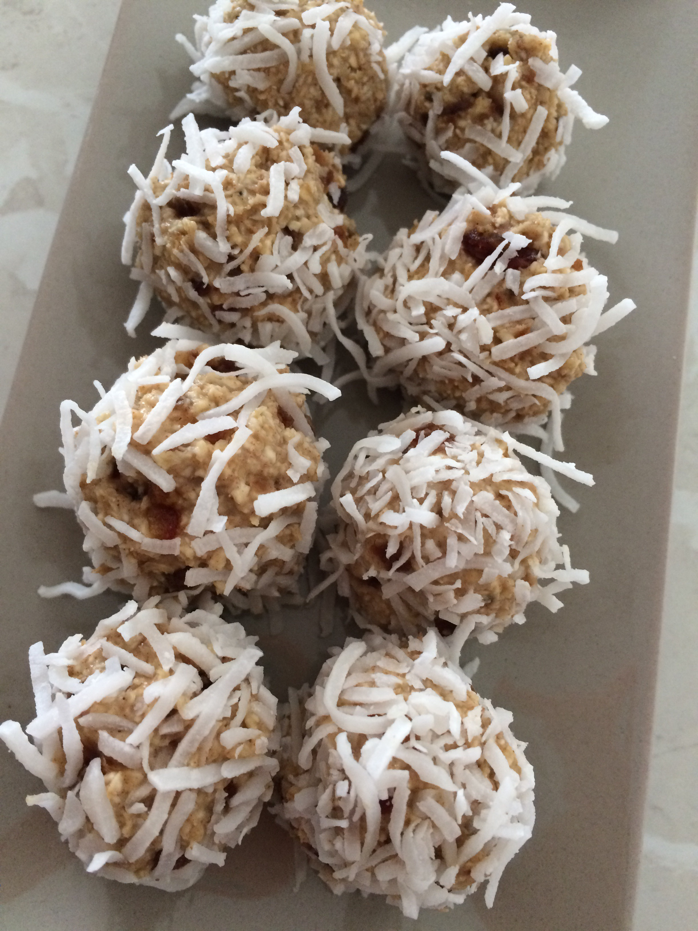 Banana and Date Bliss Balls
